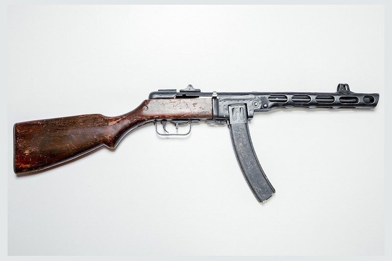 Тир с боевым оружием