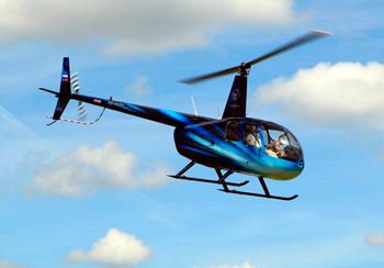 на вертолете над Москвой